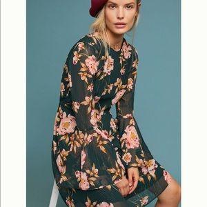 ANTHRO Donna Morgan Green Floral Bell Sleeve Dress